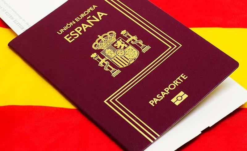 LA ACTUACION A TRAVÉS DE ABOGADOS AGILIZARÁ LA TRAMITACIÓN DE LA NACIONALIDAD ESPAÑOLA POR RESIDENCIA